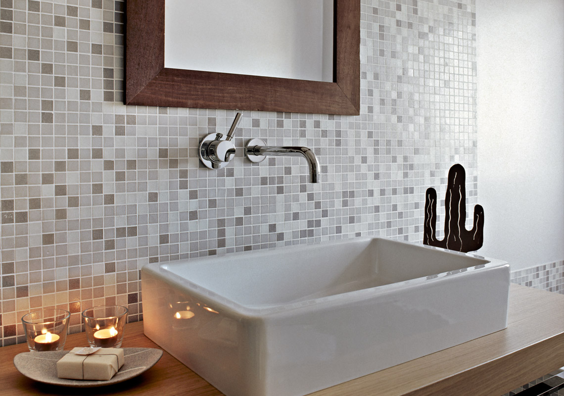Bathroom mosaic – all you need to know