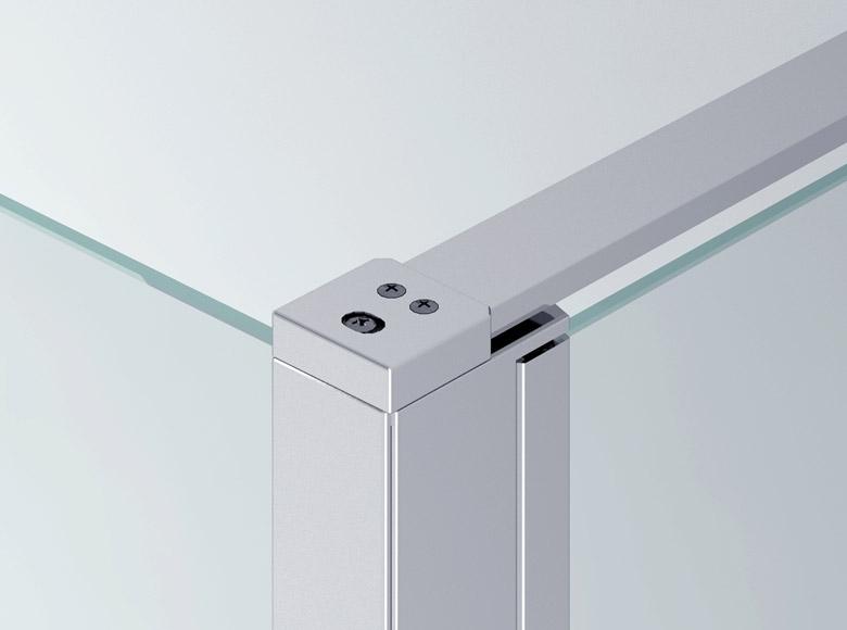 Spojení mezi boční stěnou a stabilizační vzpěrou